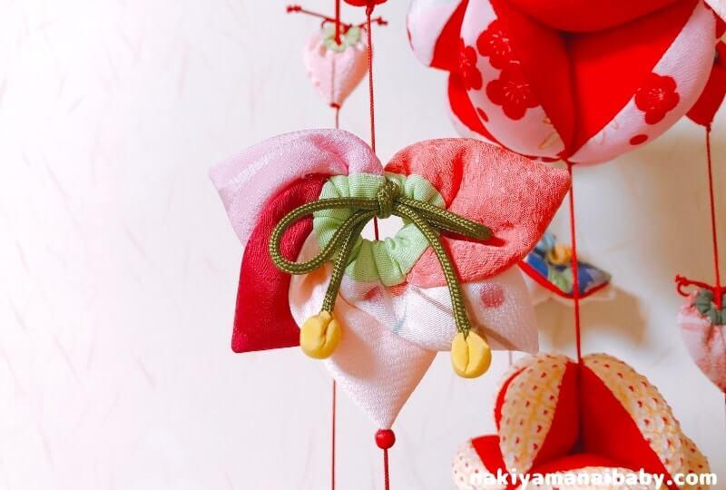 母の手作りひな祭りのつるし飾り「桃」の人形の写真