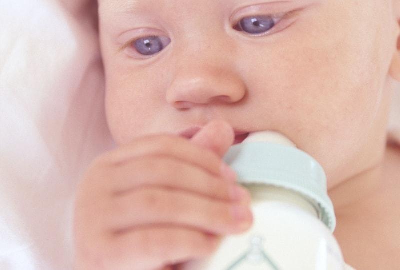 電子レンジで哺乳瓶が消毒できるの?